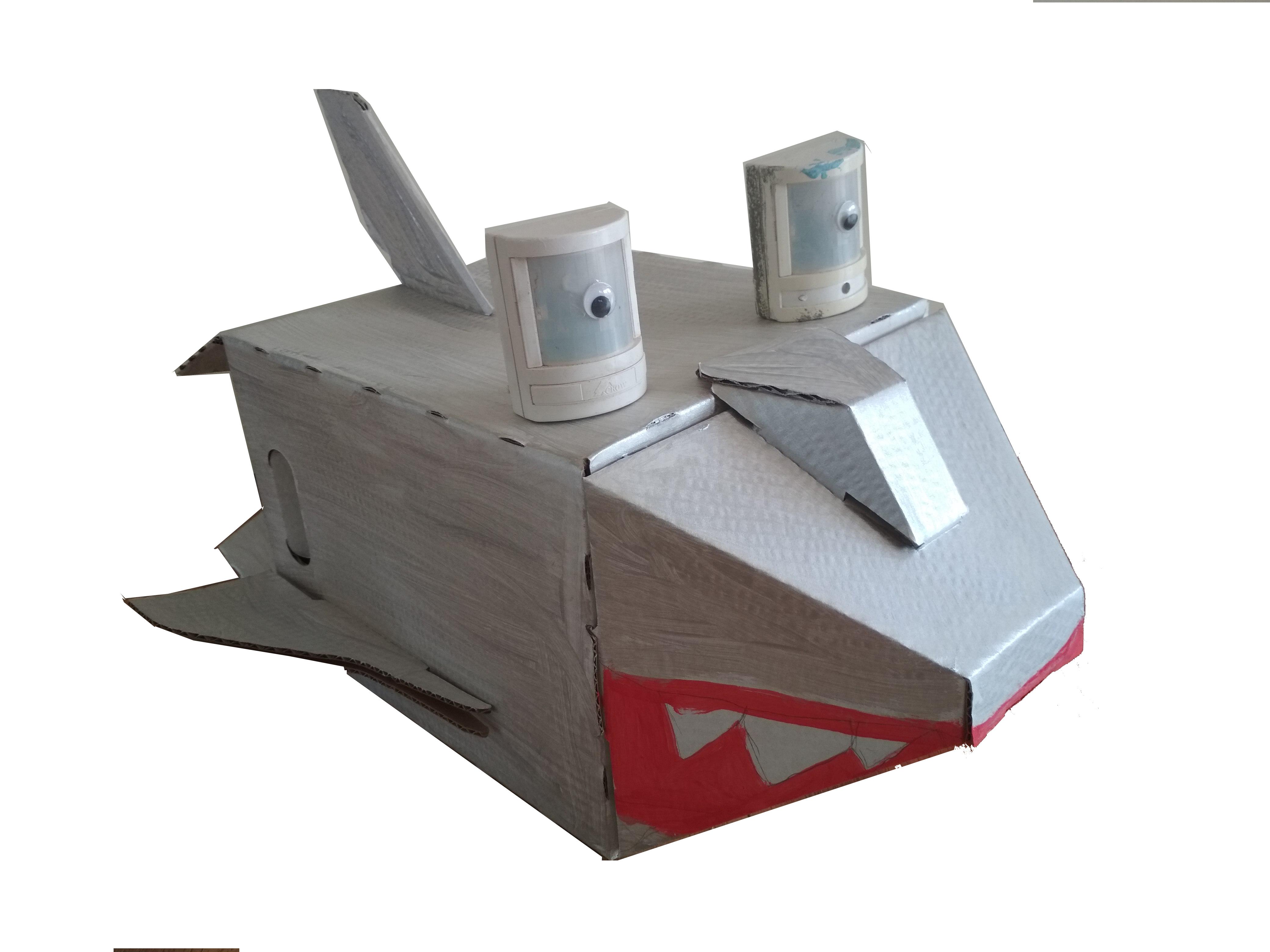 חללית בעיצוב כריש